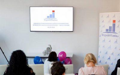 Relacja video z konwencji programowej